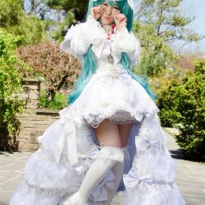White Bunny Miku Hatsune - Vocaloid
